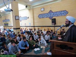 طلاب مجاهدانه در عرصه علم آموزی تلاش کنند/ عوامل موفقیت طلبه در دنیای امروز
