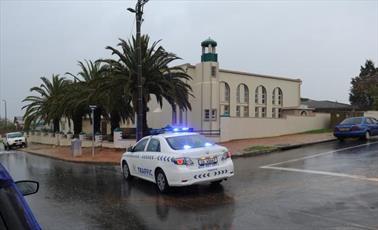 بیمار روانی به مسجدی در آفریقای جنوبی حمله کرد