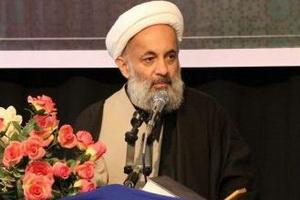 دشمن به دنبال عادی سازی بی حجابی و بی عفتی در جامعه ایرانی است
