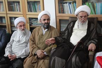 حوزه و روحانیت  در دفاع از انقلاب و نظام اسلامی  پیشگام هستند