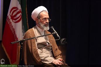 دنیا مبهوت  رسیدن ایران به علوم دانشی در خارج مرزها است / معارف دینی با علوم انسانی گره زده شود