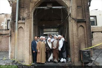 بازدید مدیر حوزه های علمیه از مسجدی که در آتش سوخت+ عکس