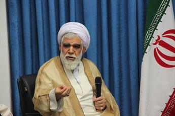 حکومت های ظالم آل سعود و آل خلیفه موفق به خاموش کردن صدای مردم بحرین نیستند