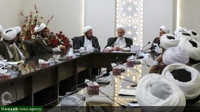 تصاویر/ نشست مدیران و معاونین مدارس علمیه کرمان با مسئولان نظام آموزشی جدید حوزه