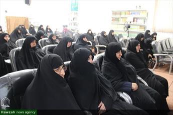 برگزاری دوره روش تحقیق کیفی ویژه اساتید راهنما، مشاور و داور حوزه  خواهران اصفهان