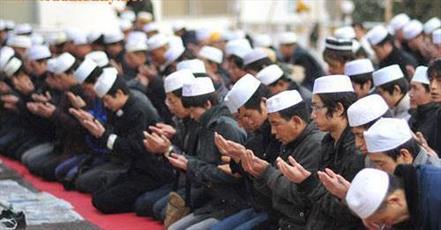 مدرسه اسلامی سین کیانگ چین دوره  «ضدافراط گرایی» برای امامان جماعت برگزار میکند