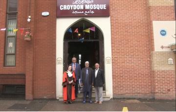 مراسم افتتاح شعبه جدید مسجد کرویدون در لندن برگزار شد