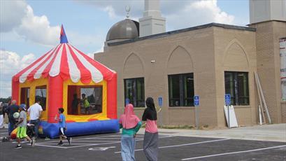 مراسم «گردش خانوادگی مسلمانان» در شهر افتون در آمریکا + تصاویر