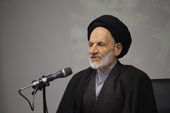 نماینده ولی فقیه در خراسان جنوبی تبیین کرد:  آسیب های قانون شکنی و دور زدن قانون