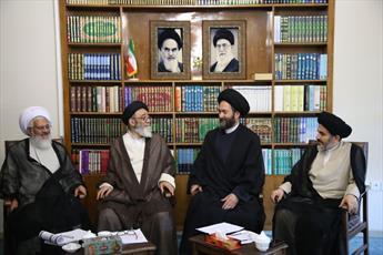 نشست فصلی ائمه جمعه شمال غرب  کشور در تبریز برگزار شد