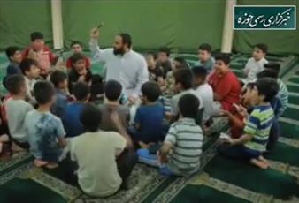 فیلم/ تلاش های یک طلبه برای جذب نوجوانان به مسجد روستا