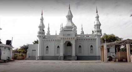 مسجد اسپانیایی در حیدرآباد، درهایش را به روی غیرمسلمانان می گشاید