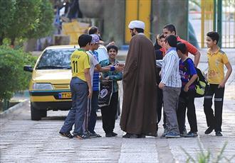 مسجد فقط جای نماز خواندن نیست/ ویژگی های روحانی و مسجد در تراز انقلاب
