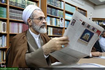 گزارش بازدید سه و نیم ساعته آیت الله اعرافی از خبرگزاری حوزه
