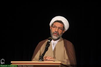 حمایت از طرح نخبگان علوم اسلامی یک وظیفه ملّی است/علوم انسانی مدرن عاری از   عقلانیت است