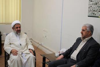 مدیر حوزه علمیه ایلام: حضور روحانیون  در کمیته امداد تقویت شود