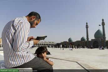 قرائت زیارت ناحیه مقدسه در مسجد مقدس جمکران