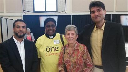 مرکز اسلامی ناپرویل با همکاری اعضای کلیسا، درمانگاه رایگان راه اندازی کردند