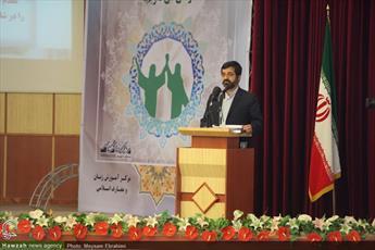انقلاب اسلامی برآمده از تلاش های علما و حوزه های علمیه است