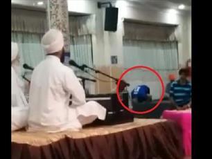 مسلمانی که مسجد پیدا نکرد و در معبد سیک ها به نماز ایستاد
