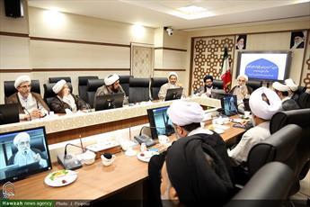سومین نشست مدیران میانی و واحدهای ستادی  حوزه برگزار شد