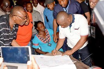نگرانی فعالان مدنی از عدم ثبت نام زنان محجبه برای رای گیری در انتخابات نیجریه