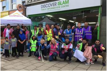 ۲۰۰ کیسه زباله توسط مسلمانان و غیرمسلمانان شهر لوتون انگلستان جمع شد
