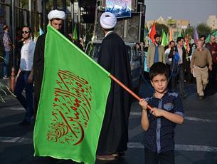 عطر غدير در تمام محلات شهر اصفهان می پيچد