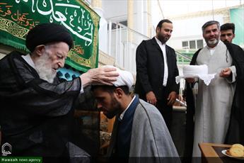 تصاویر/ جشن عید غدیر و عمامه گذاری طلاب در بیوت مراجع و علما-۱