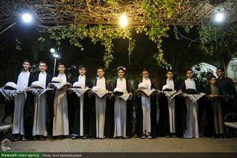 تصاویر/ مراسم عمامه گذاری طلاب مدرسه علمیه جهانگیرخان با حضور آیت الله اعرافی