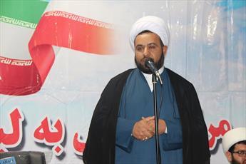مدیر مدرسه علمیه شهرستان تاکستان: حوزه های علمیه و روحانیت خارچشم دشمنان است