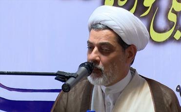 حجت الاسلام والمسلمین رفیعی: وظیفه مداحان تنها گریاندن نیست، حق گویی است