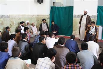 مدیران معاونت تهذیب حوزه از دوره تجمیع طلاب مدارس حافظین بازدید کردند