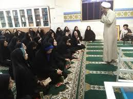 برگزاری دوره  تخصصی «یاور نماز»  در حوزه خواهران لرستان