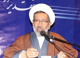 پیکر استاد حسن عرفان در کرمان تشییع می شود