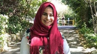 دختر مسلمان کانادایی، فردی را که در مترو به او حمله کرده بود بخشید