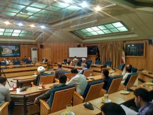 عضو هیئت علمی دانشگاه  شیراز: جان مردم از سوء مدیریت ها و بیکفایتی ها به لب رسیده است