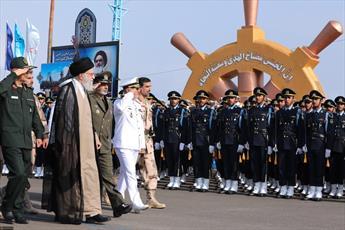 نماهنگ/ لحظاتی از حضور فرمانده کل قوا در دانشگاه علوم دریایی نوشهر