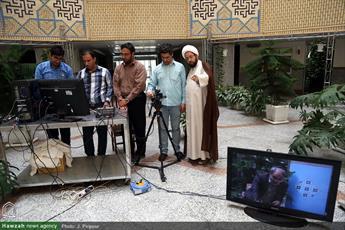 گفتگوی زنده اینترنتی پل ارتباطی جدید میان مدیر و خانواده حوزههای علمیه خواهران