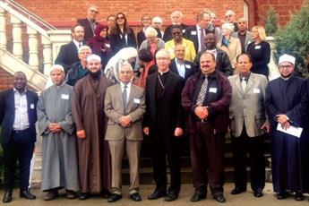 مسلمانان و کاتولیک های ادمونتون، نشست میان ادیانی «ملاقات و احوالپرسی» برگزار کردند