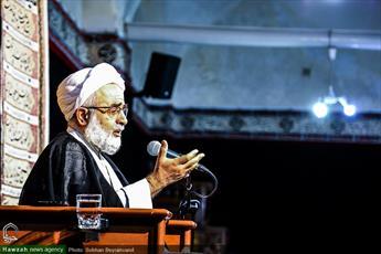 امام حسین(ع) الگوی تام در مسیر حرکت انسان ها است