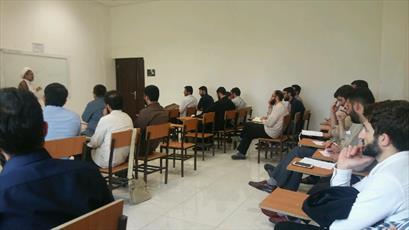 برگزاری دوره آسیب شناسی فضای مجازی با حضور بیش از ۵۰ نفر از طلاب گیلانی