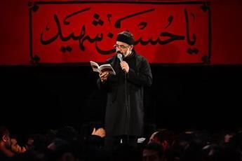 فیلم/ آوینی خوانی حاج محمود کریمی در شب پنجم محرم