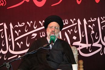 پذیرش مقدرات الهی و مبارزه با سلطهگران، پارادوکس نیست/ ملت ایران با یزیدِزمان سازش نخواهد کرد