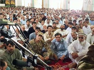 حضور بزرگان اهل تسنن در عزاداری امام حسین(ع) در پاراچنار پاکستان+تصاویر