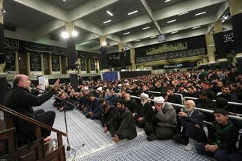 فیلم/ مداحی حاج حسین سازور در حسینیه امام خمینی(ره)