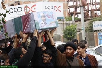 تصاویر/ تشییع پیکر شهید مدافع حرم در مدرسه علمیه امام صادق(ع) محمودآباد