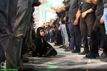 تصاویر/ مراسم عزاداری تاسوعای حسینی در صحن محمد هلال بن علی (ع) آران وبیدگل