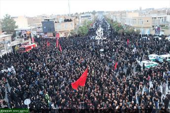 تصاویر/ مراسم عزاداری شب عاشورا در حرم محمد هلال بن علی (ع) آران و بیدگل