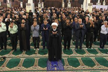 نماز ظهر عاشورا در بوشهر اقامه شد
